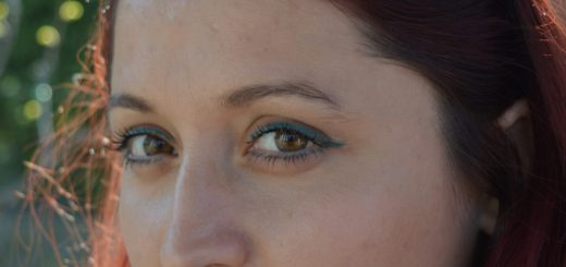 creion de ochi Khol Kajal