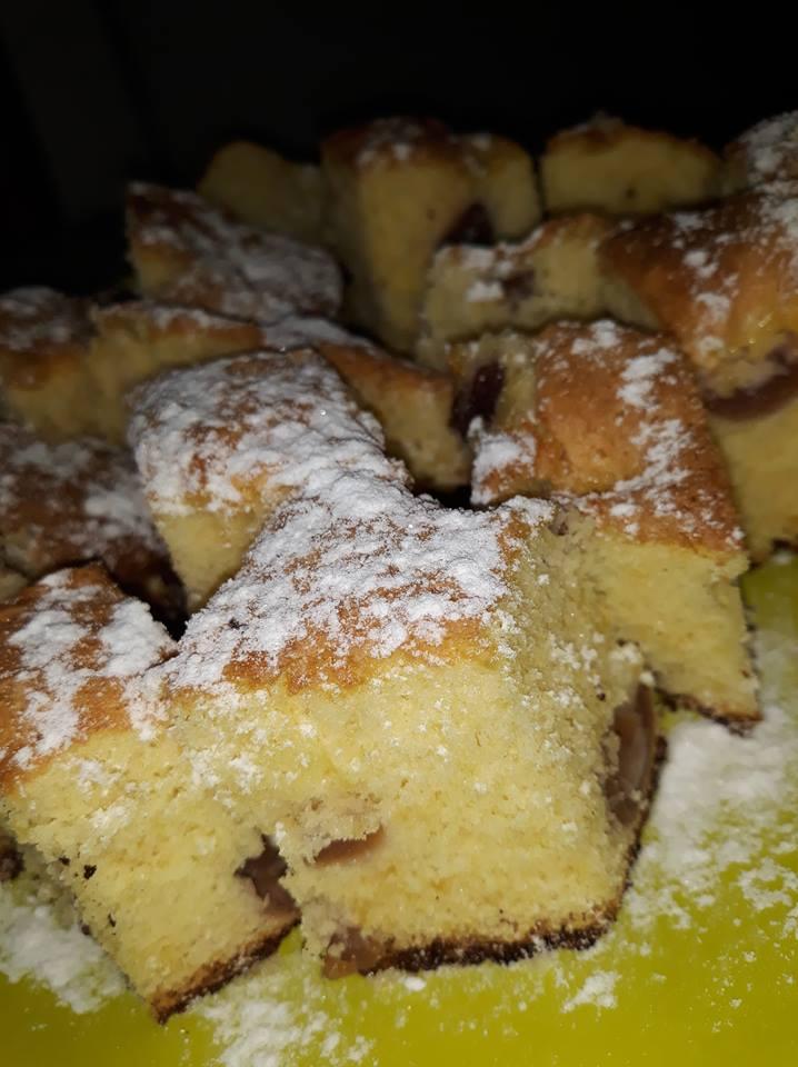 Rețetă prăjitură pufoasă cu vișine