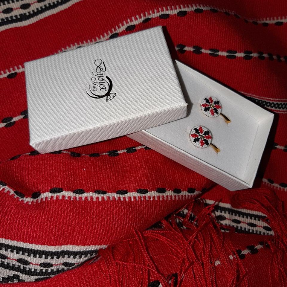 cercei cu motive tradiționale BijouxMAG.ro