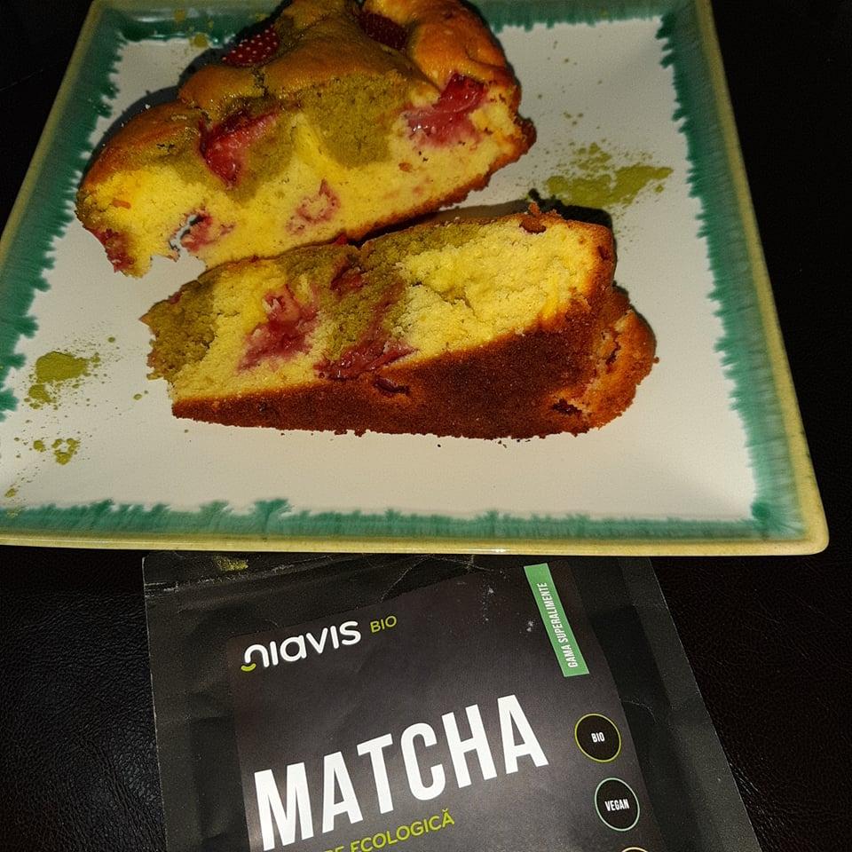 rețetă tartă cu căpșuni și pudră de matcha