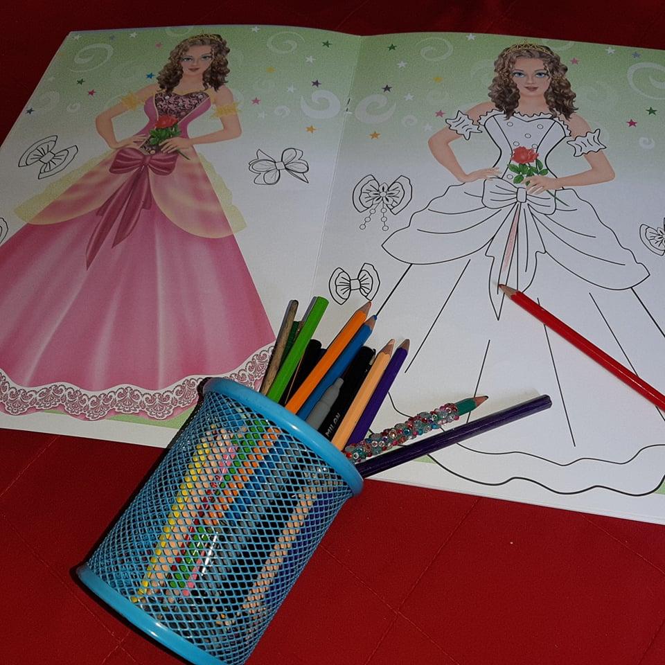 cărți pentru copii de colorat
