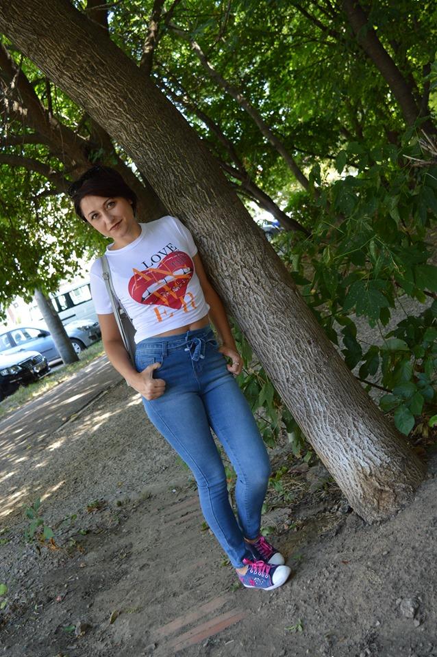 blugi și tricou Femme Luxe