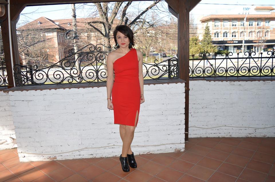 rochie roșie Femme Luxe