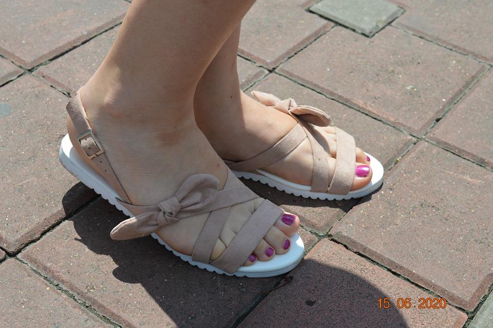 sandale de pe Bonprix